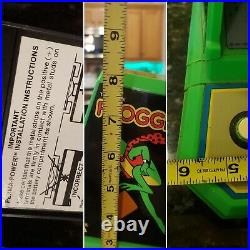 Coleco The Official Frogger By Sega Table Top Mini Arcade Game 1982 NICE