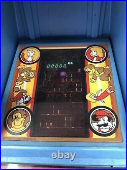 Donkey Kong Vintage Coleco Nintendo Table Top Mini Arcade 1981