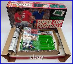 TOMY SUPER CUP FOOTBALL ELECTRIC GAME TABLETOP VINTAGE 1980s TOP CONDICTION