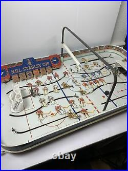 VINTAGE 1960'S NHL STANLEY CUP TABLE TOP HOCKEY GAME EAGLE TOYS With6 TEAMS