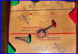 Vintage 1950s MUNRO Table Top HOCKEY Game, Working
