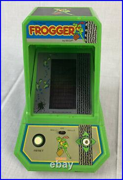 Vintage Coleco Frogger Table Top Mini Arcade Shea Video Game 80s Japan