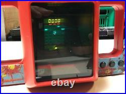 Vintage Yeno Space Fighter Tabletop LCD (no game watch), Boxed Invaders